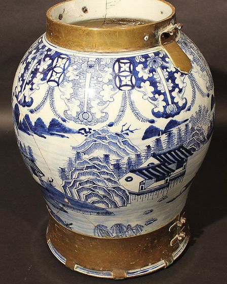 A 19th century Chinese blue and white baluster shaped vase - £300 to £400