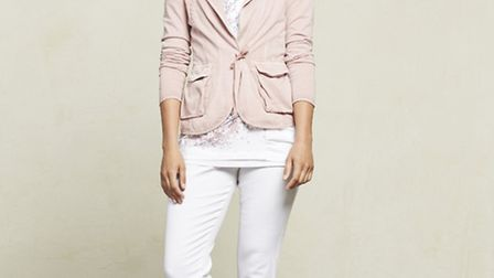 Keep it casual with white and fresh pastels, jacket and jean, Sandwich