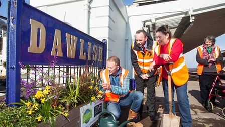 First Great Western TV gardener Toby Buckland, Dawlish Station Manager Ian Mundy, and Valeria (corr
