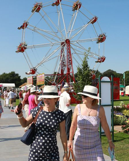Flowery Ferris Wheel decorated by the North West Area of NAFAS