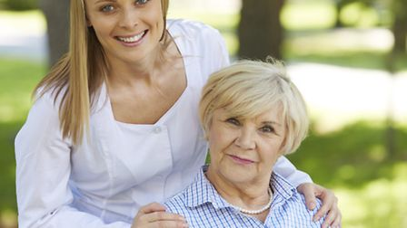 Live-in care is a good option when someone has dementia / Photo: Shironosov (Getty/iStockphoto)