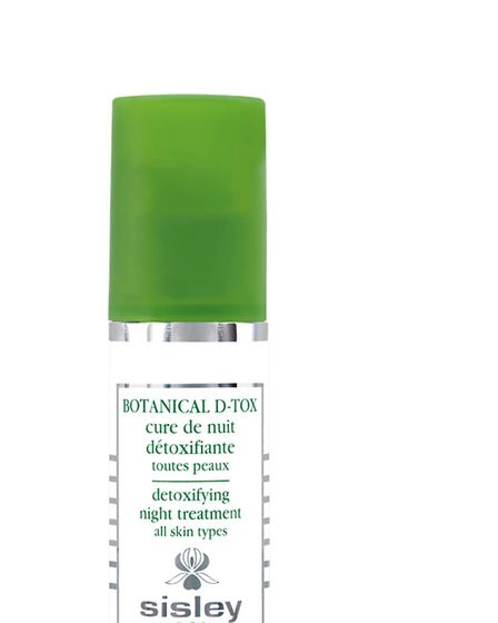 A beautiful way to revive winter skin is with Sisleys new Botanical D-Tox, an intensive detoxifying