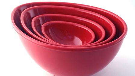 Mix up a storm with this set of 4 mixing bowls from the Nigella Lawson cookware range! £38.50 availa