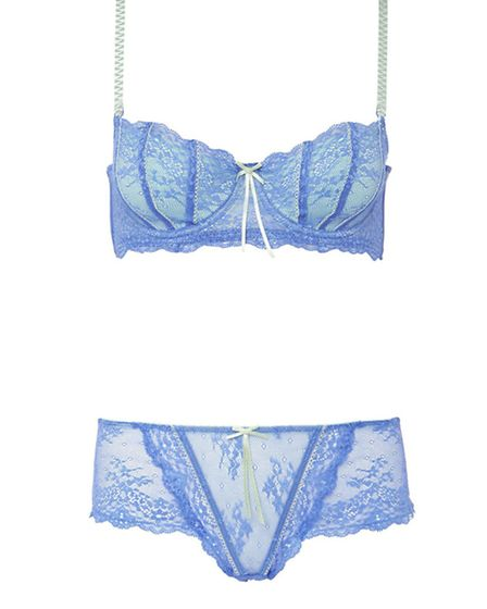 ELLE FIRE Feel like a supermodel(ish) in this Dentelle contour bra and culotte briefs, £58 from the