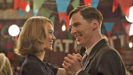 Keira Knightley and Benedict Cumberbatch in The Imitation Game © Pictorial Press Ltd / Alamy
