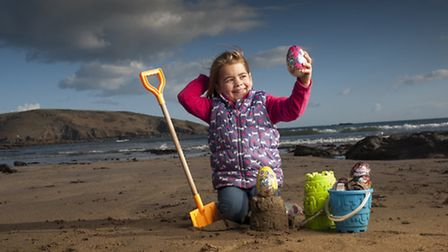 Pictures By Steven Haywood - Alice Ball from Plymouth at Wembury Beach, Devon (Easter Egg Hunting!)