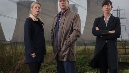 Caroline Catz as DI Helen Morton (right), Andrea Lowe as DS Annie Cabbot and Stephen Tompkinson as D