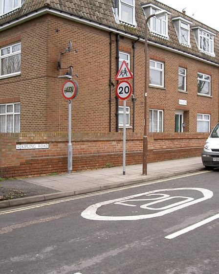 An example of a 20mph speed limit on a residential road / Photo: 20splentyforus.org.uk