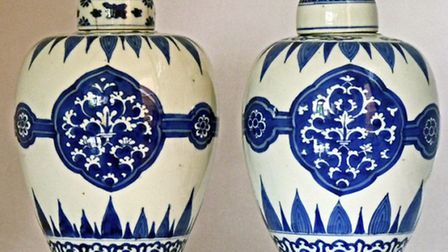 A pair of Kangxi blue and white porcelain lidded jars, 18th century / Photo: Catherine Hunt