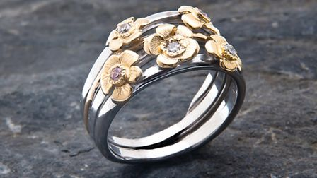 Handmade bouquet ring,18 ct gold, pink and white diamonds