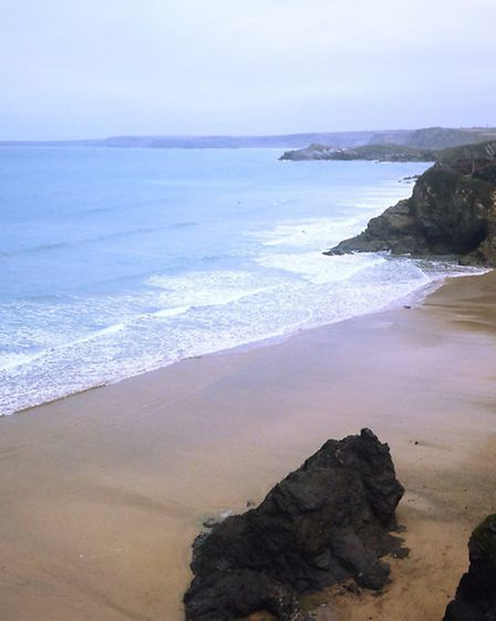 Great Western beach in Newquay before a January surf