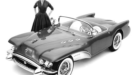A model with the Buick Wildcat II concept car designed by Harley Earl, Detroit, Michigan, 1954. Phot