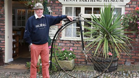 Penny Farthing expert Glynn Stockdale at Knutsford with an 1880's machine