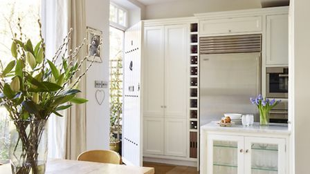 This Moneyhill designed and installed mews house kitchen-diner proves small spaces can be great spac