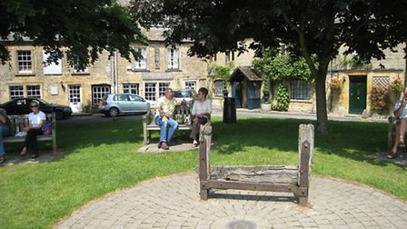 The stocks in Stow © clare_and_ben, Flickr, CC BY-NC-ND 2.0