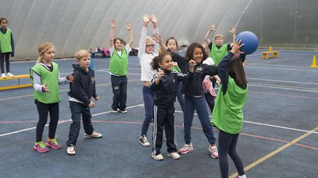 LS students work together during sports lesson