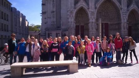 Bramley School outside of the Amien Cathedral