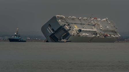 Lifeboats from Calshot, Cowes and Yarmouth attended the dramatic grounding of a car carrier on The B