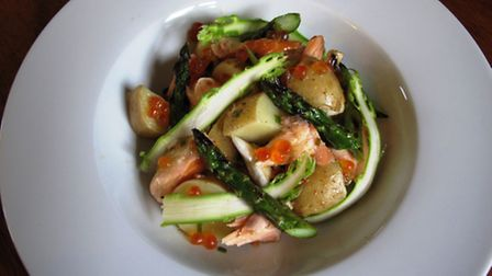 Smoked-trout--asparagus-and-po-49e40816