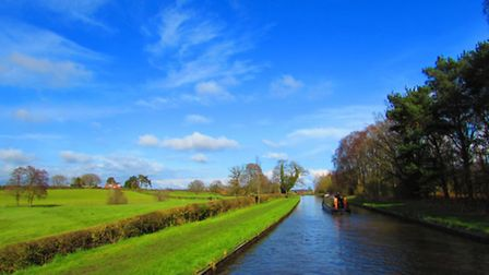 Stretch of canal on the Welsh-English border