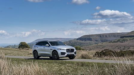 The F-Pace looks imposing from any angle – a medium-sized SUV that also competes with larger SUVs wh