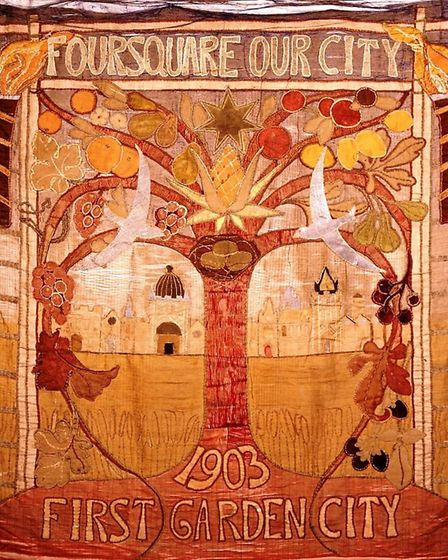 Banner created to mark the founding of the garden city in 1903
