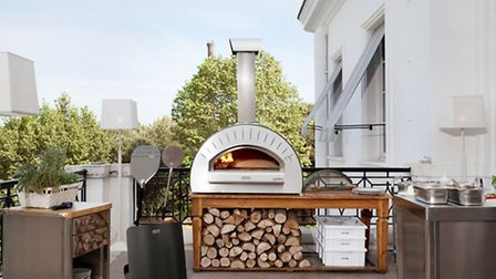 The pizza oven the Gods bake Margheritas in
