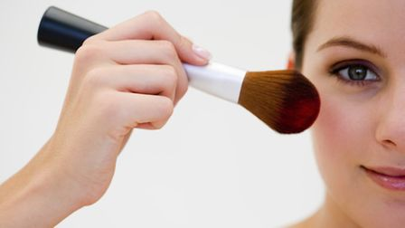 Learn more about how to apply make-up that suits my skin, age and personality