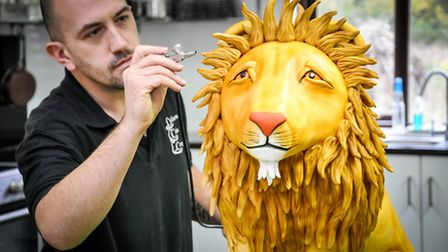 Gareth at work on the mane event, a 'Lion cake'