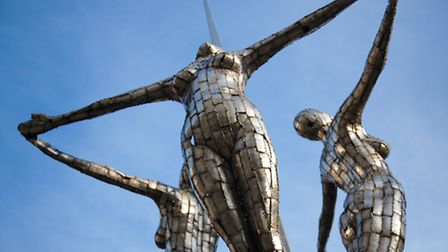 'When the sky's the limit the spirits soar' by Rick Kirby was installed in 2005 in memory of America