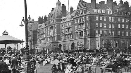 Relaxing outside the Metropole Hotel (now flats) in the First World War era