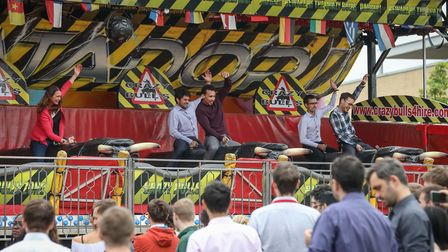 Extreme lunchbreak as 1,500+ people enjoy fun fair and Crazy Bulls at The Oxford Science Parks annua