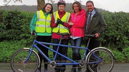 The Reeves family - Hannah, Charlotte, Kate and Alex with one of their tandems (c) Carl Hewlett