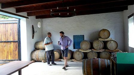Johan and Andy putting a Rose and Protea vintage through its paces