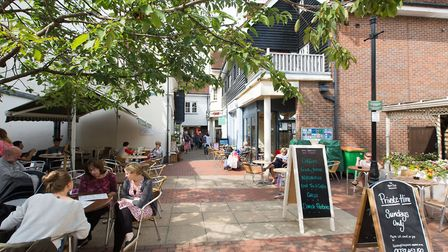 Sevenoaks is fill of interesting spaces to to sit out and enjoy a coffee and bite to eat