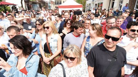 Cheltenham BID attracted large crowds for the town's first Chilli Fiesta (c) Rob Lacey