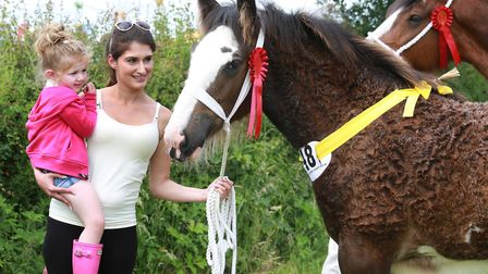 Sophie Bux and daughter, Amelia (2yrs), with colt foal winner, 'Marieth Maverick'