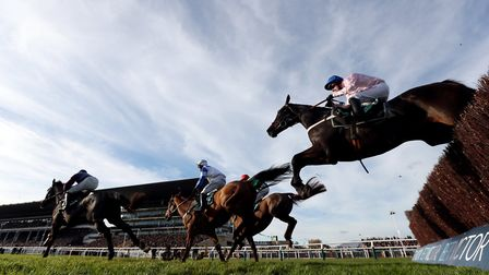 00 Seven (right) ridden by Nico de Boinville on their way to victory in the Steel Plate And Sections