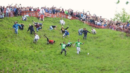 Cheese Rolling, Cooper's Hill (c) 1000 Words / Shutterstock
