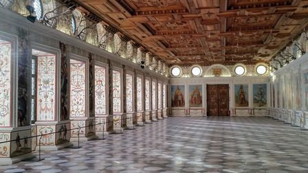 The jaw-dropping Spanish Room @ Schloss Ambras