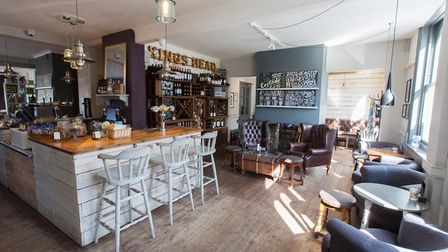 Interiors at The King's Head, Wye (photo: Manu Palomeque)