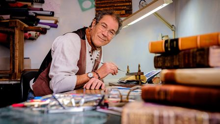Worthing fore edge painter Martin Frost