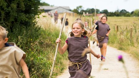 Children running down the track at Greystones (c) Anne-Marie Randall Photography