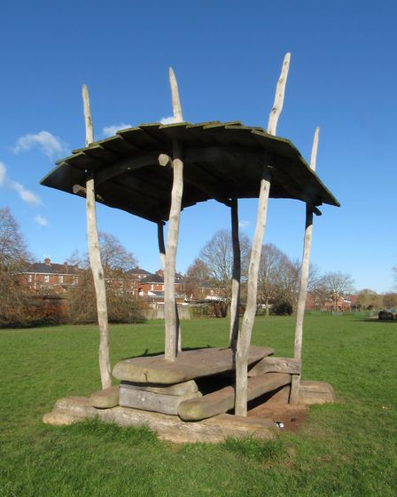 Ludwell Valley Park is a delightful area adjacent to the busy Topsham Road. It is equipped with play