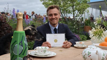 Jamie Butterworth with his gold medal at RHS Chatsworth Flower Show (c) Mandy Bradshaw