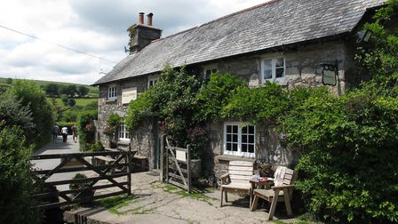 The Rugglestone Inn (c) Major Clanger, Flickr (CC BY 2.0)