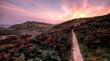 Ilfracombe at sunset. Taken by Charmaine(CC BY-ND2.0)
