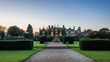 Eastwell Manor, Champneys Hotel & Spa sits within beautiful landscaped gardens (photo: Peter Kociha)