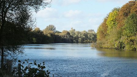 The Thames at Pangbourne by Brian Adamson (creativecommons.org/licenses/by/2.0) via https://flic.kr/