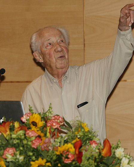 Christian de Duve lecturing in 2012 at the age of 95 (author – Julien Doornaert, source – 'A Feeling